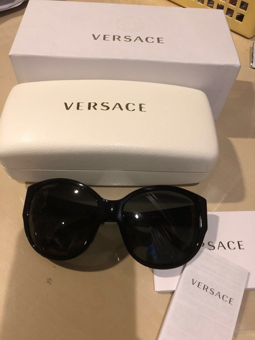 7e2125200c6c Authentic Versace sunglasses made in italy