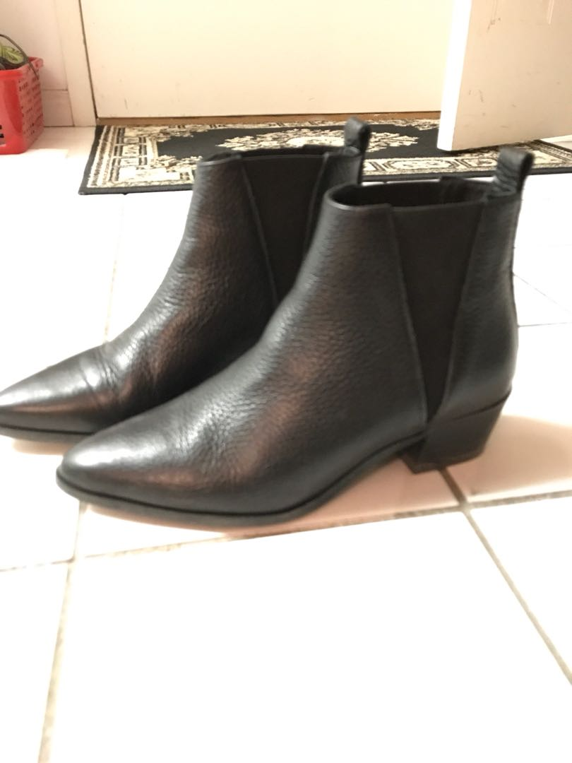 Black Chelsea boots by Agenda
