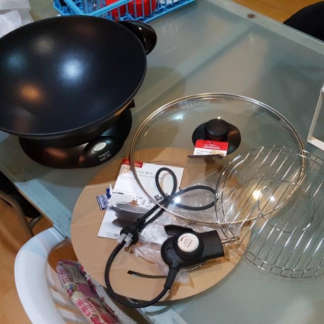 BN Electric Wok