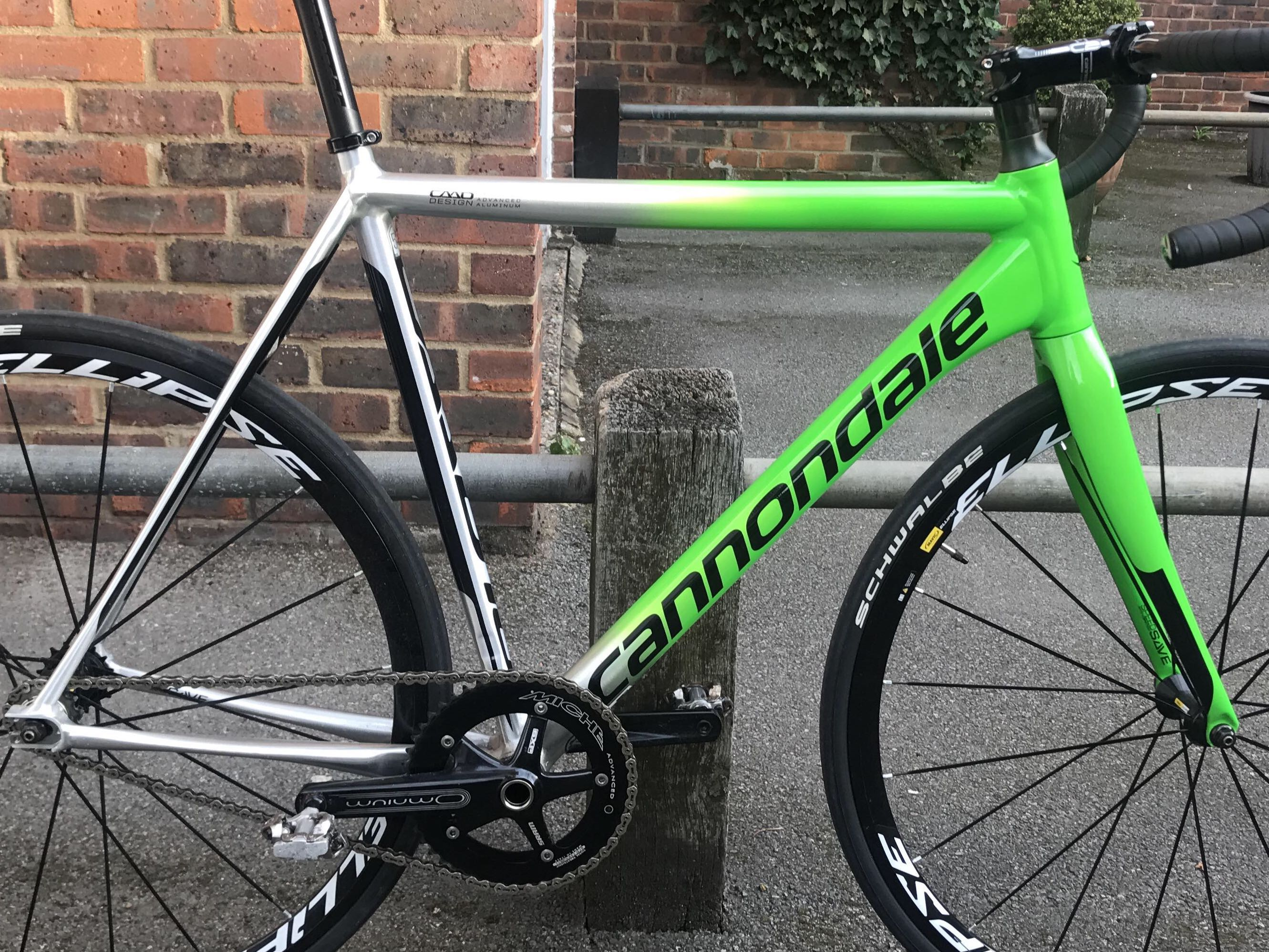 Cannondale CAAD10 Track Frameset, Sports, Bicycles on Carousell