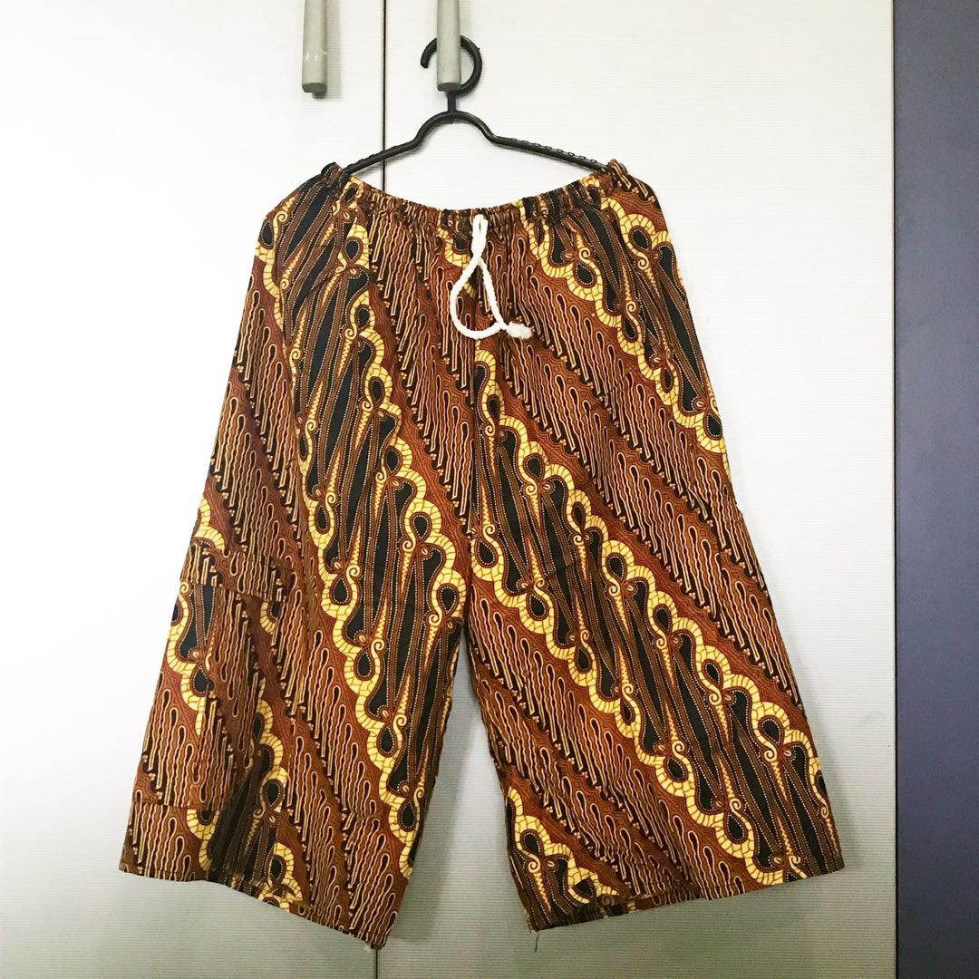 Celana 3/4 batik (2)