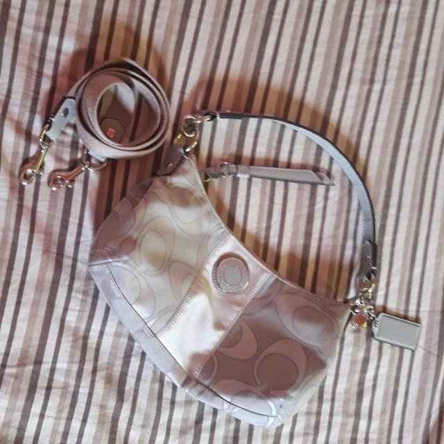 Coch 2way sling bag