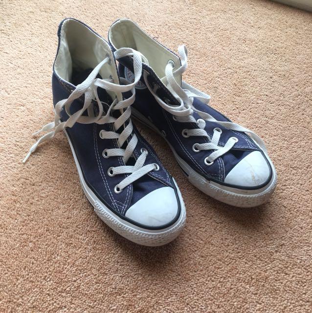 Converse Navy High Top sneakers MEN 4.5 WOMEN 6.5 sz 37
