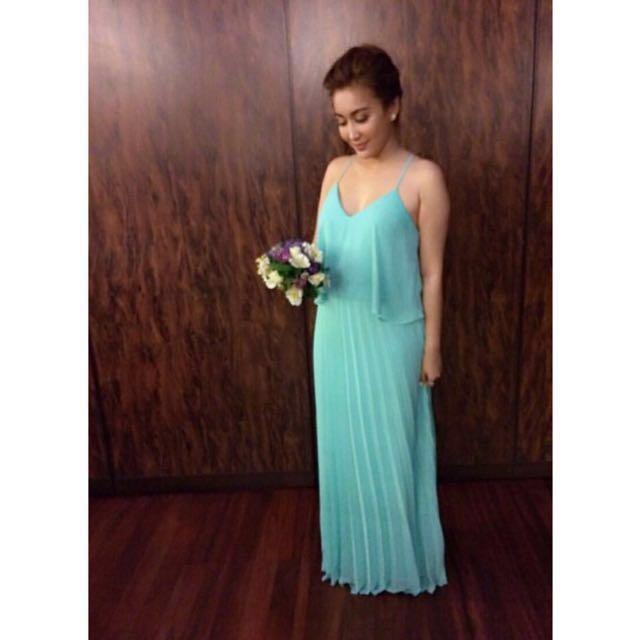 Flowy Dress 👗   Pleated skirt