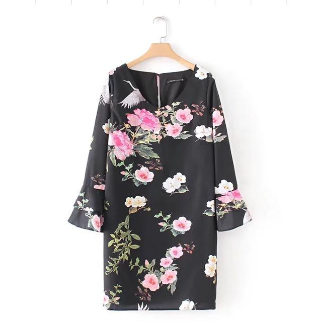 fa0393a9 🔥Inspired Zara New Loose Flowers crane print horn sleeve Dress ...