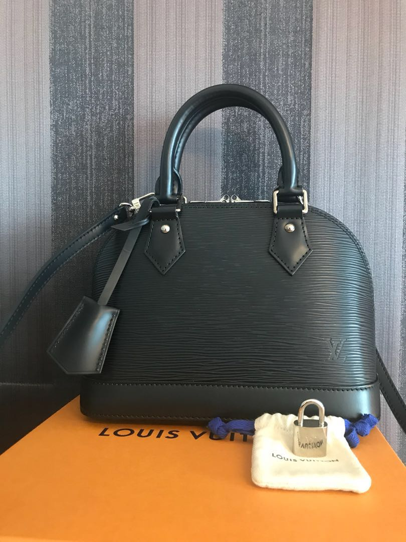144951fb1 Louis Vuitton Alma BB Epi Leather jet black, Women's Fashion, Bags ...