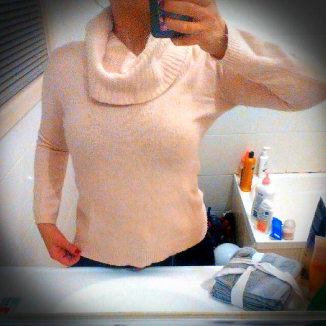 S MNG Pink Turtle Neck