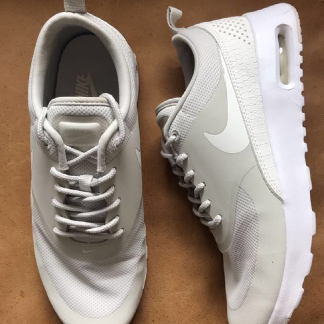 new concept b7a57 ebede New Nike Air Max Thea size US 7, Women s Fashion, Shoes on Carousell