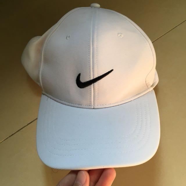 Nike翻玩老帽