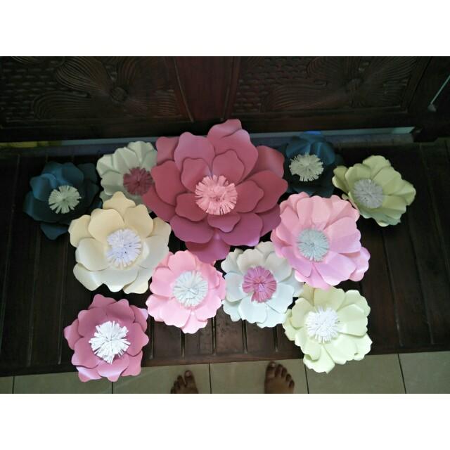 Paper flowers bunga kertas
