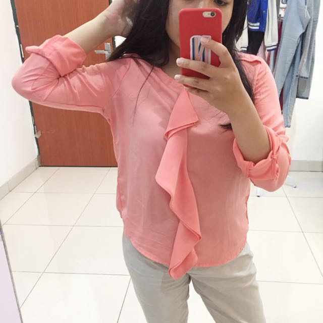 (SALE) The executive blouse