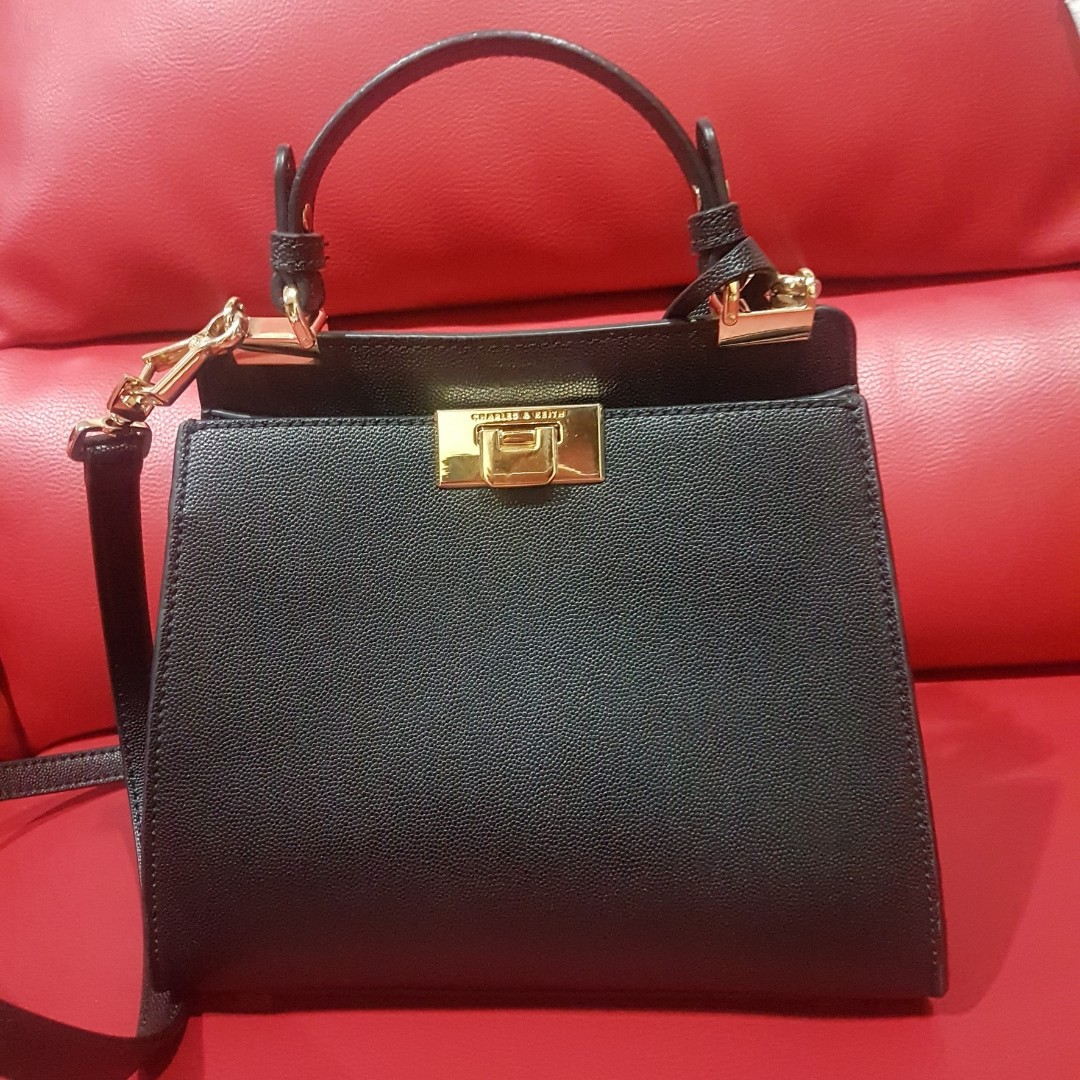 slingbag hitam  umn2018 1ff349d6a0