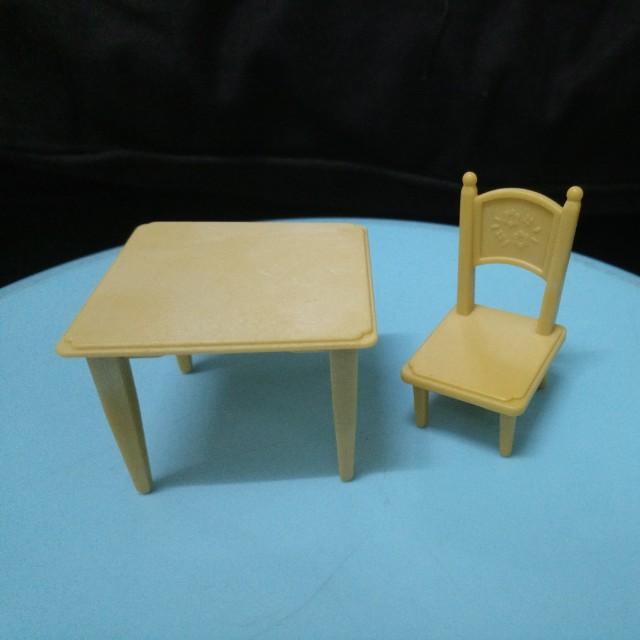 Sylvanian Families Desk and Chair Set