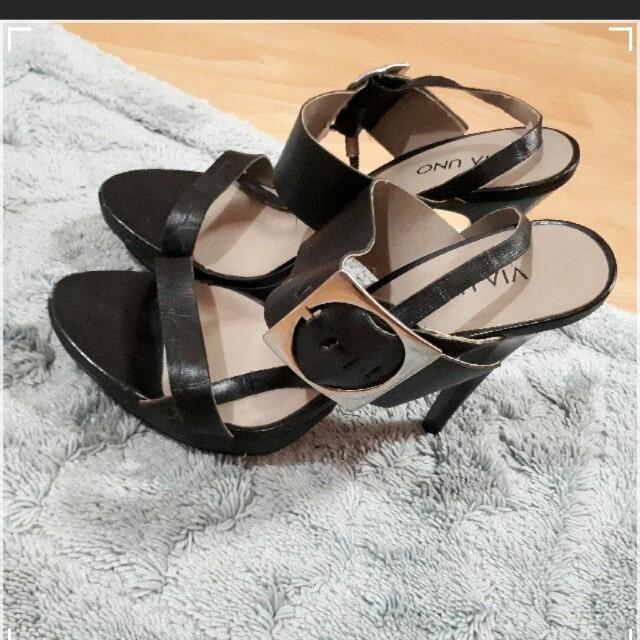 VIA Uno Stilleto High heels