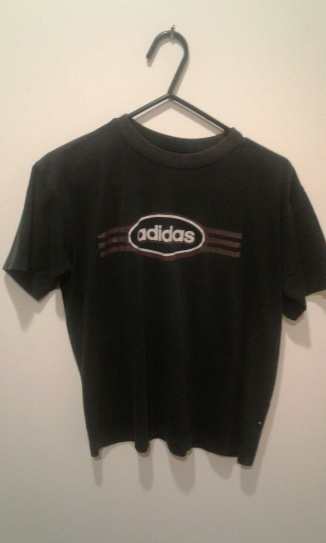 Vintage looking Adidas T-Shirt (size 12)