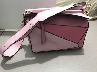 Loewe small puzzle pink 粉紅拼色