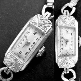 1920/30 瑞士品牌 伊洛卡 白金鑽石機械女裝腕錶 Vintage Swiss Eloga Platinum Diamond Mechanical Lady Watch:  100% 原裝瑞士制造原裝錶面配上手造白金鑲鑽錶殼Original Dial and hand made Platinum Diamond Case (Size: 10.5mm x 24mm),美國制古董包金錶帶Length 全長165-170mm,運作正常 working well。
