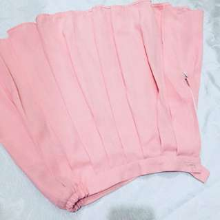 Pink tennis skirt (see 3rd photo for style inspo)