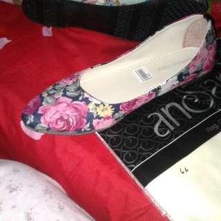Sepatu fashion flowe