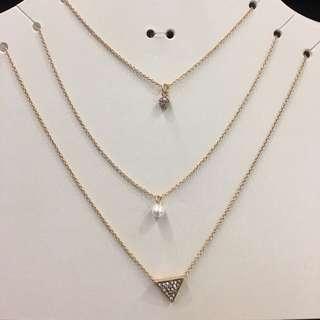 Primark gold necklace set