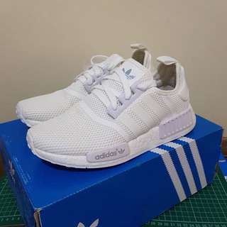 NEW ADIDAS NMD TRIPLE WHITE