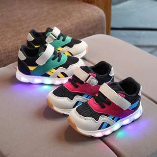 kids shoes with lighting (pre order)
