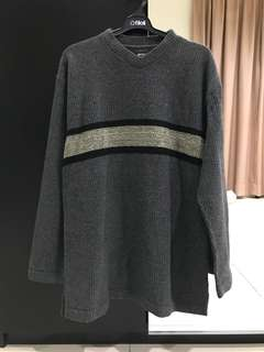 Hugo Boss Sweater Made in Italy 49% Wool (Size XL)