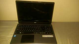 Laptop with TOUCHSCREEN