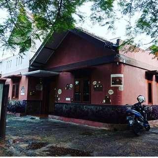 Dijual Murah Guest House Cipaganti Yang Strategis Dan Ramai