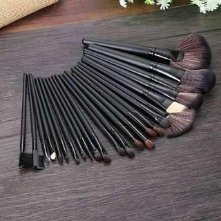 24-Piece Set Make Up Brushes