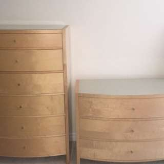 Maple bedroom set with Queen size sleight bed