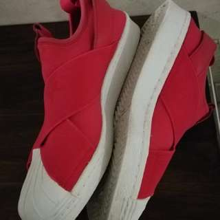 Adidas slip on red authentic