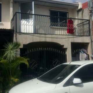 Townhouse in Talisay