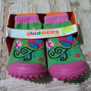 #MakinTebel sepatu skidder