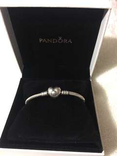 Pandora Moments Collier Bracelet Heart Clasp
