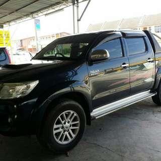 Toyota Hilux 3.0 Tahun 2012