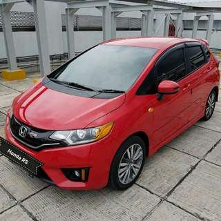 Honda JAZZ Rs 1.5 cvt 2014 merah metalik