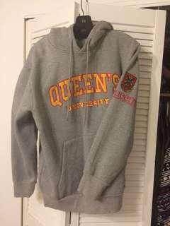 Queen'sU Hoodie