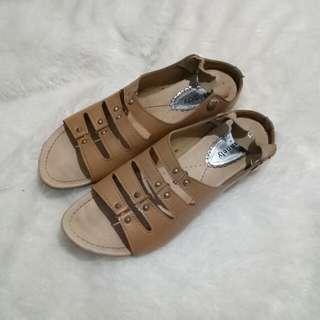 Sepatu sandal wanita chanely