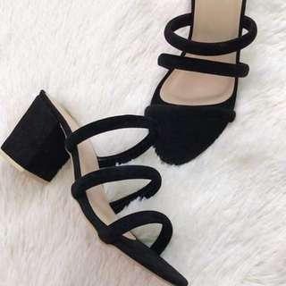 Heels 💯