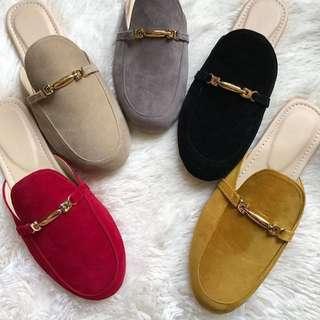 Sandals 💯