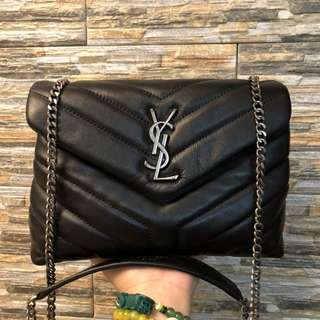 YSL  MEDIUM LOULOU CHAIN BAG