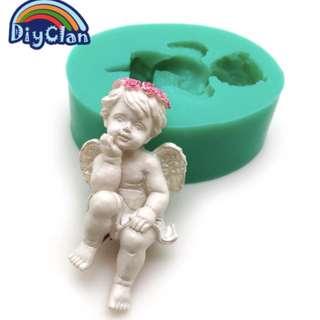 10057 - Angel Sitting Mold
