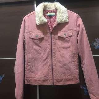 🚚 Hollister 粉色燈籠芯外套