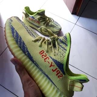Yeezy frozen yellow PK quality (Bu)