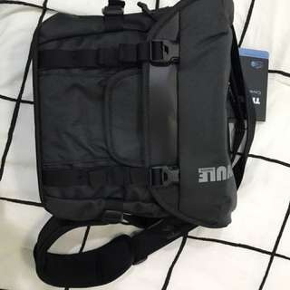 Brand New Thule Covert DSLR Satchel/Camera Bag