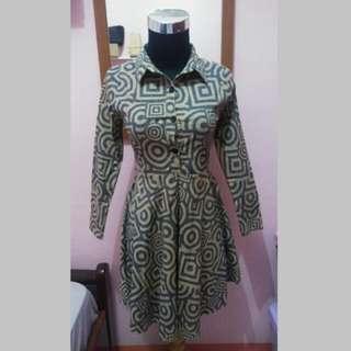 Dress motif batik navy