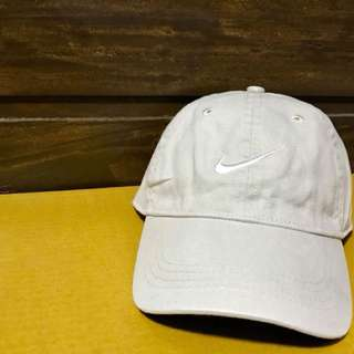 NIKE BASEBALL CAP