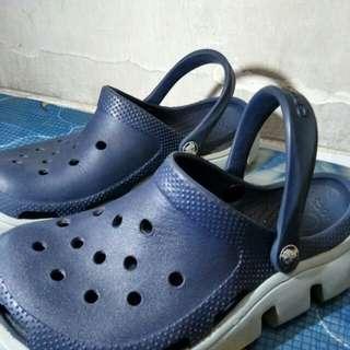 Sendal Crocs