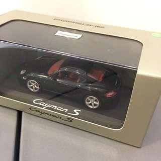 1/43 Porsche Cayman S. Minichamps